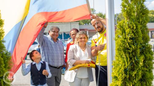 Dia Banderas-11
