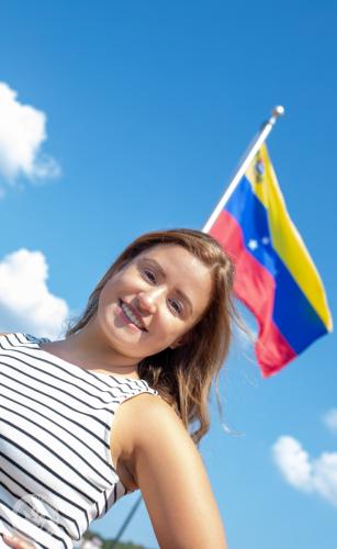 Dia Banderas-30